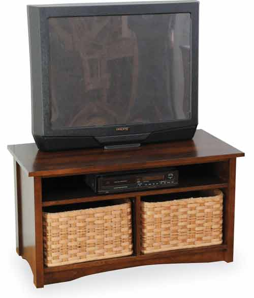 "Amish Manhattan 37"" TV Console"